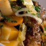 povrce sa jagnjetinom
