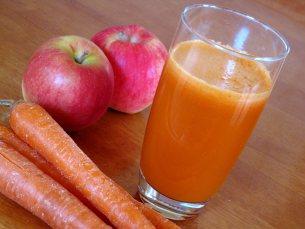 sok od jabuka i sargarepe