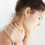 bolovi u vratu i ramenima