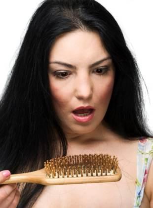 Kako zaustaviti opadanje kose