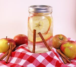 cimet i voda od jabuka