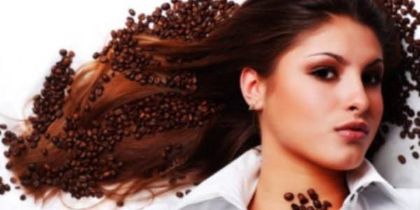Prirodno potamnjivanje kose – kafom, žalfijom, crnim čajem…
