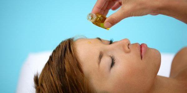Zašto je važno da koristite vitamin E za lice, kožu i kosu