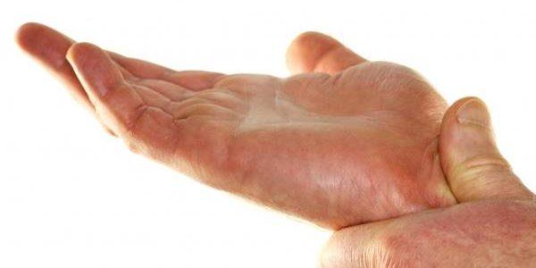 Trnjenje leve ruke mogući uzroci i lečenje